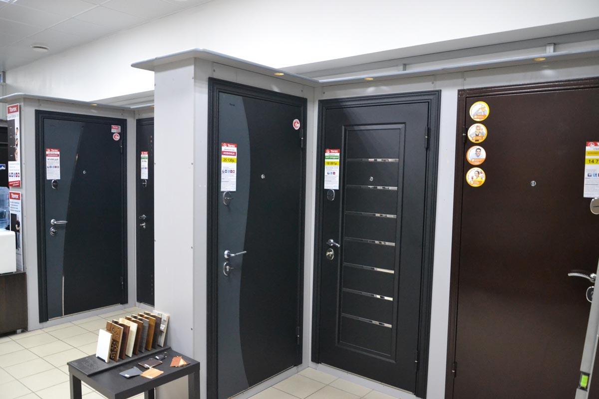 Двери Торекс в ТЦ КУБ