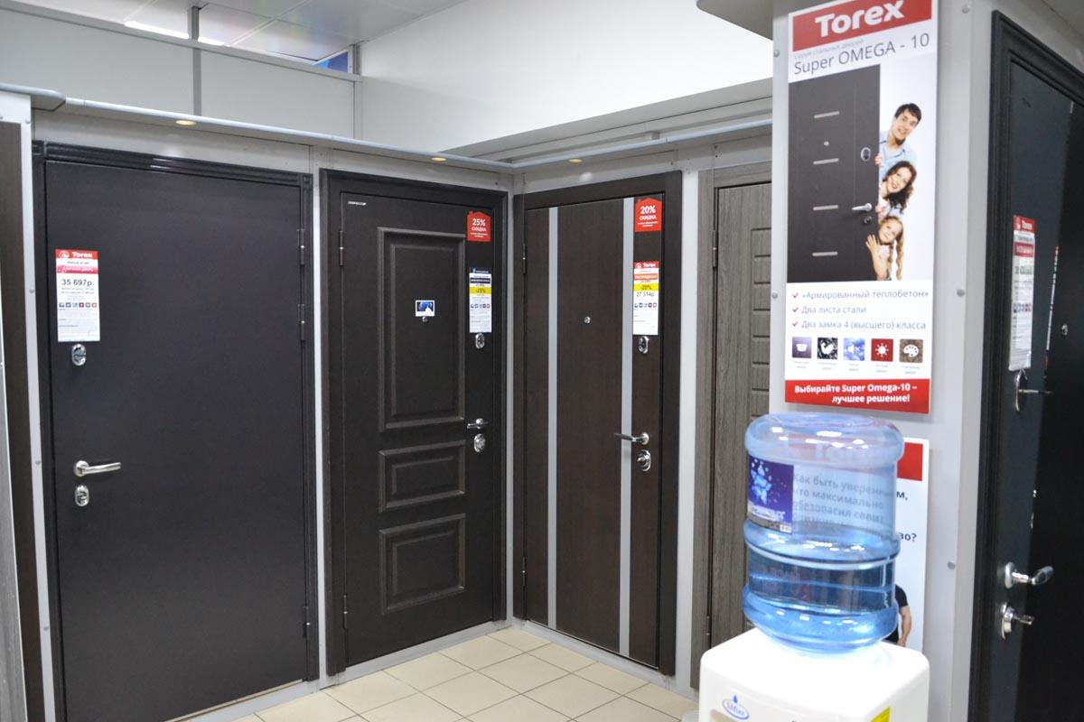 Большой выбор дверей в ТЦ Куб Пенза в Терновке